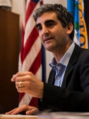 Mayor Miro Weinberger announces that he will not forward