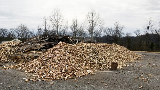 Madison Mill in Ashland City has a free pile of wood scraps that you can take and use for kindling or craft projects.