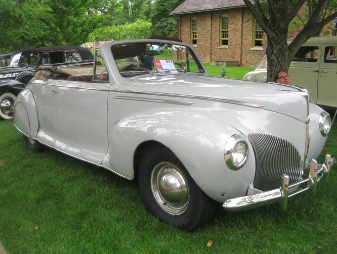 Aerodynamic and unadorned, this 1940 Lincoln Zephyr