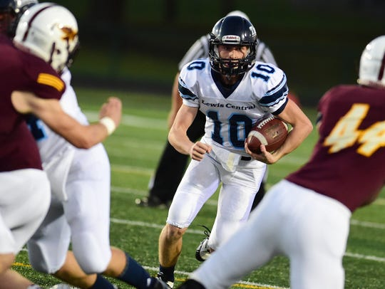 Council Bluffs freshman quarterback Max Duggan has