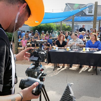 Cooking Channel tapes episode of 'Big Bad BBQ Brawl' at  Hoyt Park in Wauwatosa