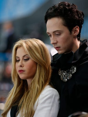 NBC figure skating commentators Johnny Weir and Tara Lipinski have good chemistry on the ice skating coverage from the Sochi Olympics.
