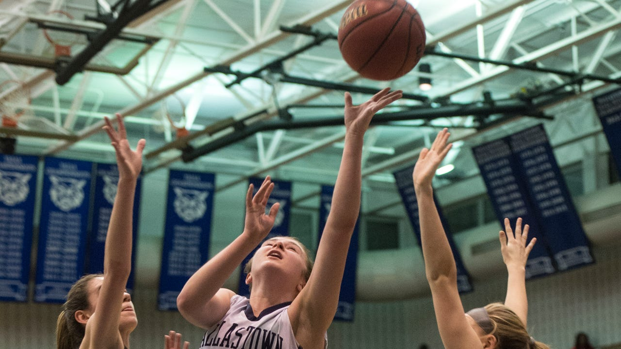 Watch highlights from YAIAA girls' basketball semifinals