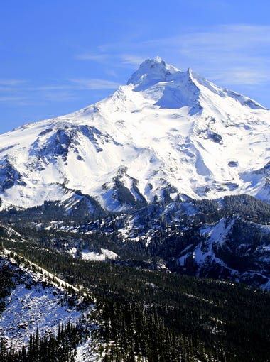A hike up Bear Point in the Mount Jefferson Wilderness is among the hikes featured by Matt Reeder.