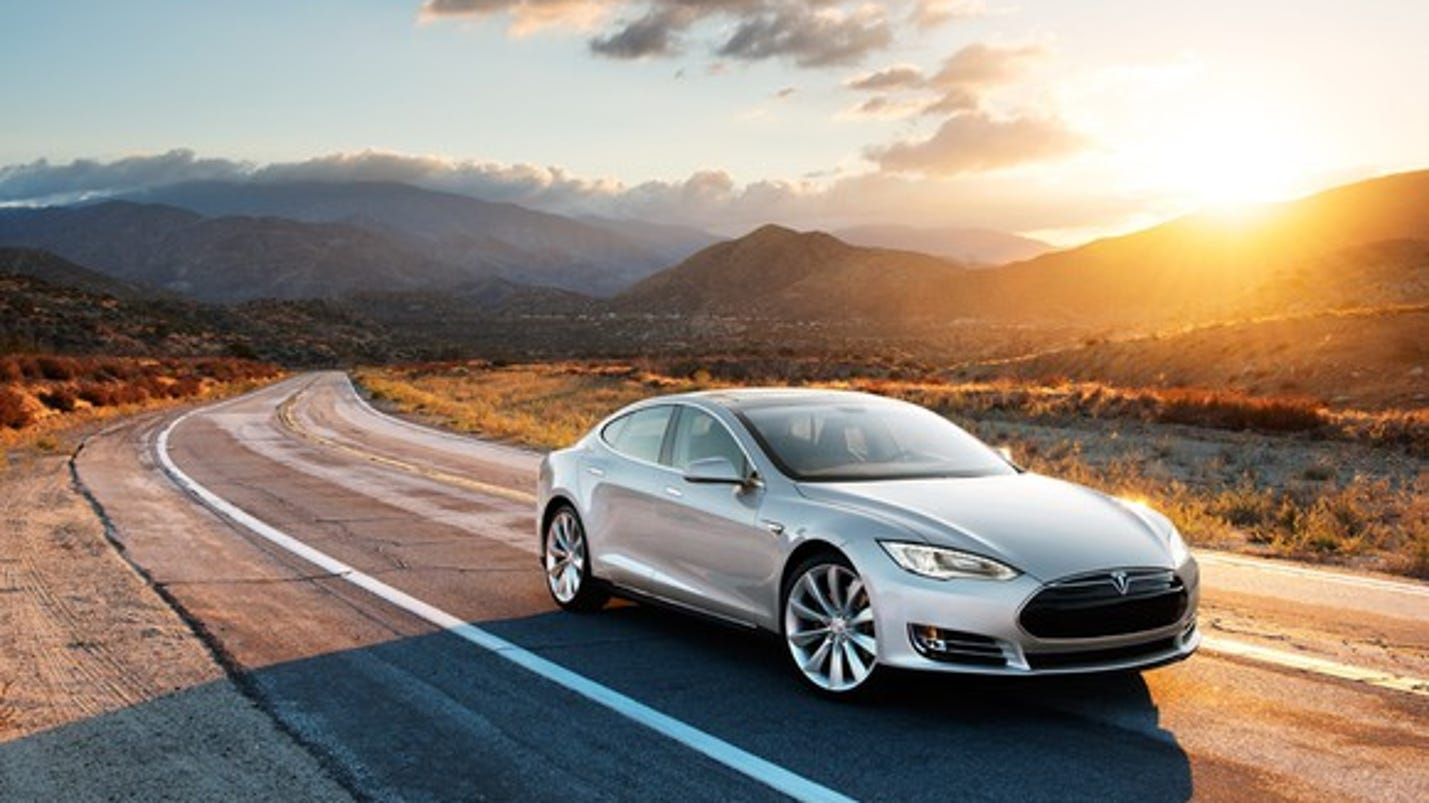 Tesla recalls 123,000 Model S electric cars to fix power steering bolt