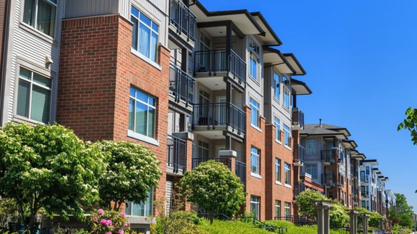 Real estate 4 reasons fewer americans are buying homes for Buy apartment in washington dc