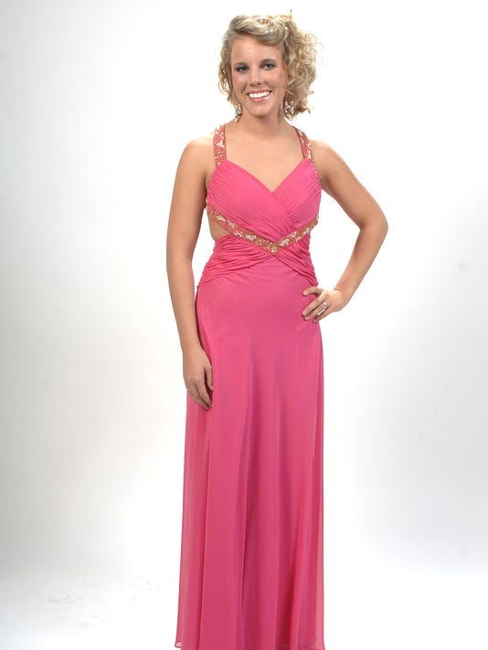 Donate prom dress, get discount on new one