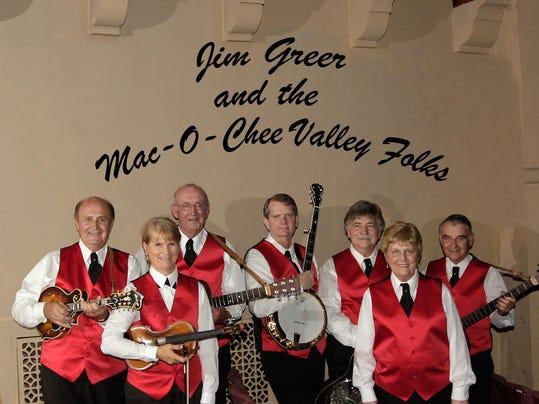Mac-O-Chee Band w text