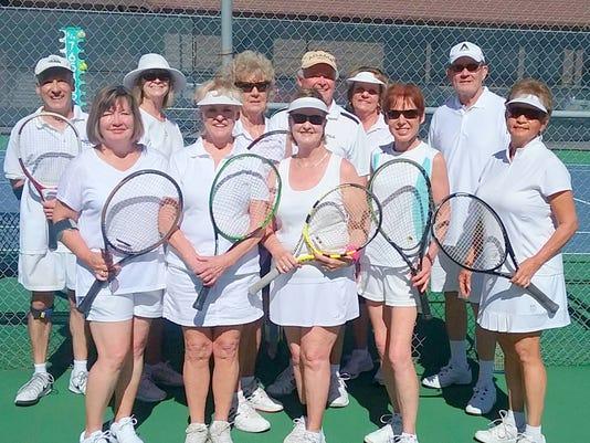 ladies and gentlemen of Alto play tennis