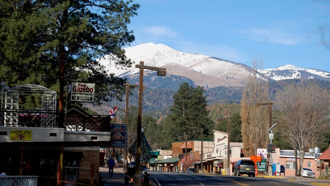 Events in and around Ruidoso.
