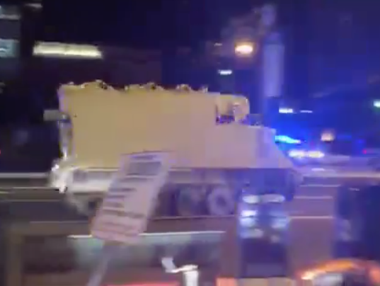 636638380830828226-armored-vehicle.png