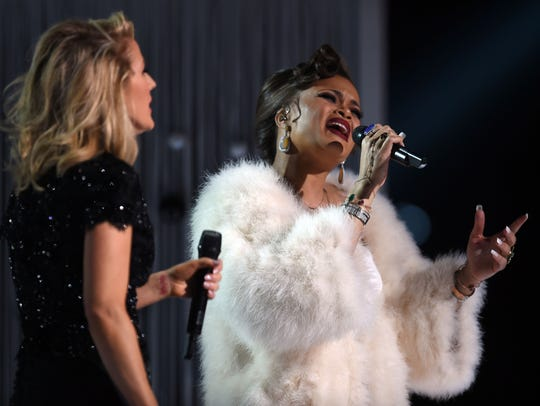 Andra Day and Ellie Goulding team up at the 58th Grammy