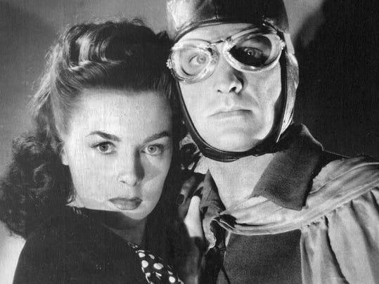 Spy Smasher - Marguerite Chapman - Kane Richmond