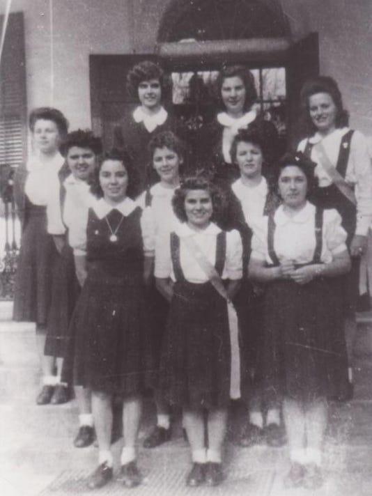 Academy of Grand Coteau Graduation 1944.jpg