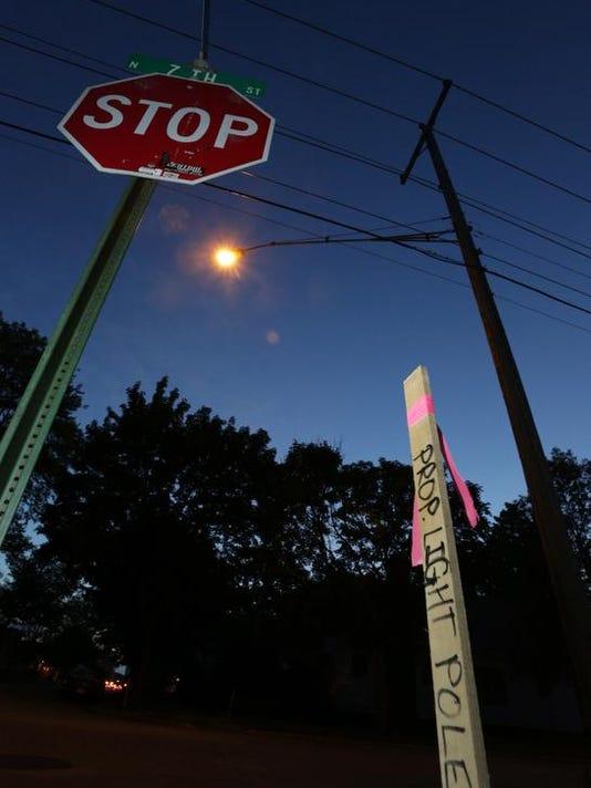 Scott Street lights