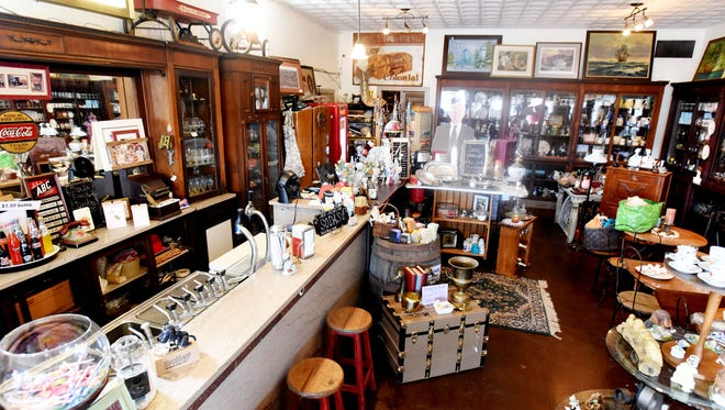 Ben's Town Antiques at  111 5th st., Benton. features a working soda fountain from the 1930s.