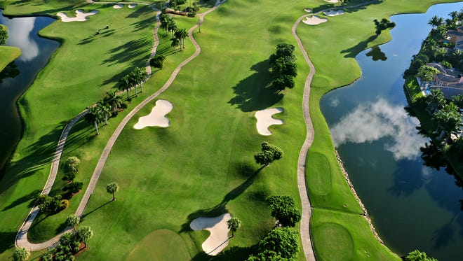 An aerial view of a golf course in Florida.