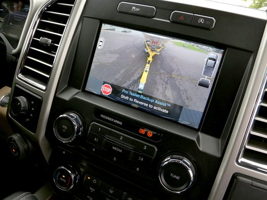 The rear view camera display shows off icons and visual reference of the Pro Trailer Backup Assist on the 2016 Ford F-150.