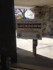 XXX_lockdownsign