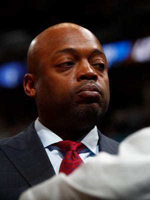Memphis Grizzlies assistant coach Nick Van Exel during a game in the 2016-17 season.