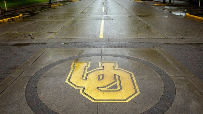 In the COVID-19 era, campus visits are being taken online and the campus is empty. [Andy Nelson/The Register-Guard] - registerguard.com