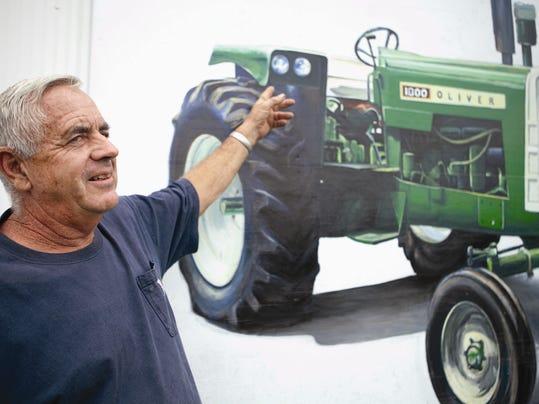 Exchange-Tractor Murals (2)