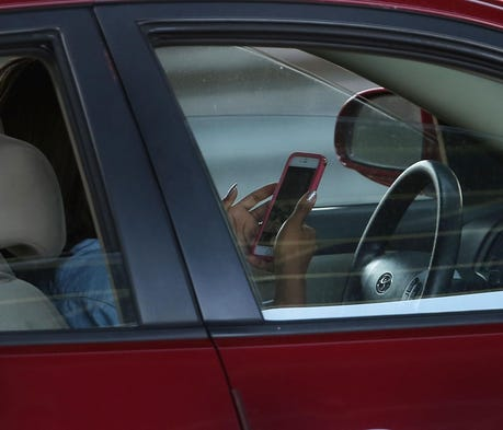 Mom gives emotional appeal to ban drivers from hol...