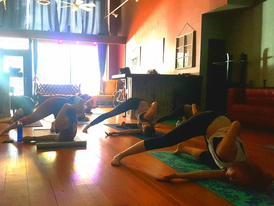 636458274337657823-yoga.jpg