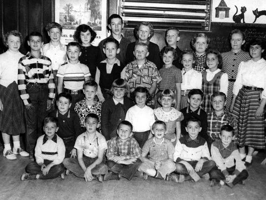 Garfield Grade School Group - December 1954