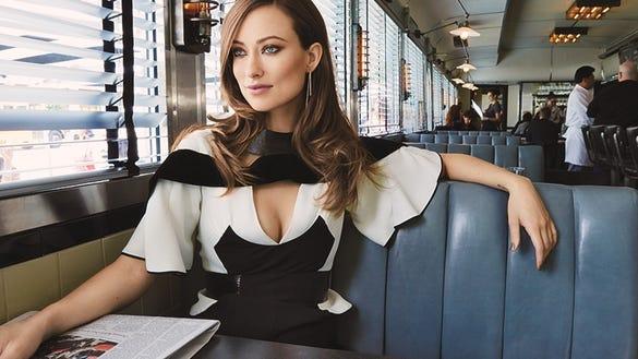 Olivia Wilde in diner