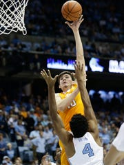 Tennessee's John Fulkerson (10) shoots as North Carolina's