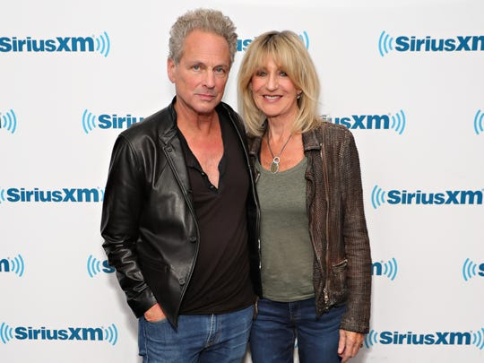 Lindsay Buckingham and Christie McVie will perform