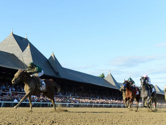 Travers_Stakes_Horse_Racing_71806.jpg