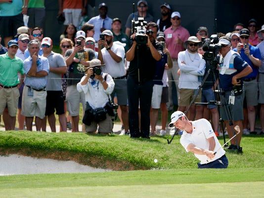 Colonial_Golf_64344.jpg