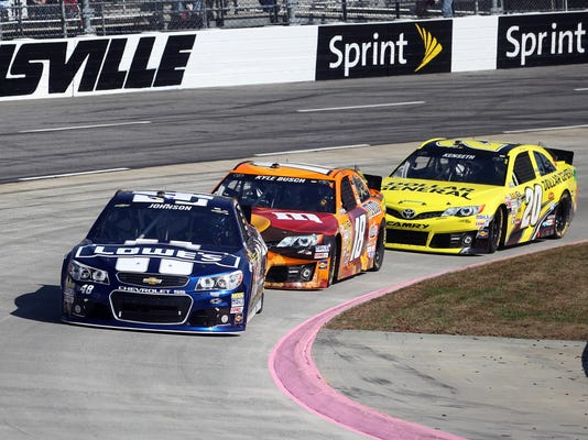 10-27-13-early-martinsville