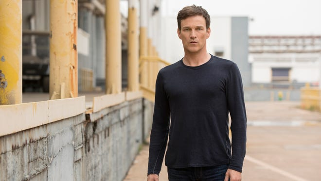 """Stephen Moyer plays Reed Strucker in """"The Gifted."""""""