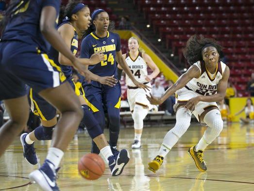 ASU's Elisha Davis passes through the Cal defense during