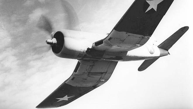 File: A F3A-1 in a dive.