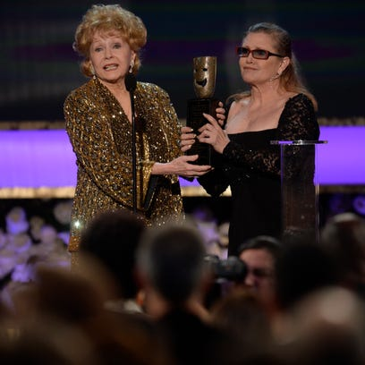 Carrie Fisher presents the Screen Actors Guild's life