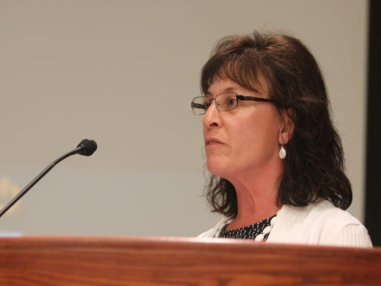 Gail Rich praises a decision by Redding officials to