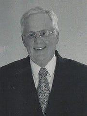 Gordon Earll