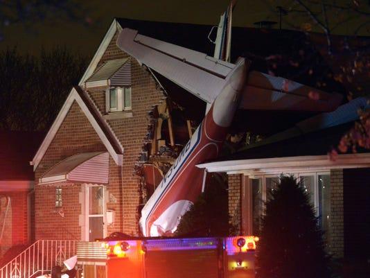 DFP 1118_plane_crash_chicago.jpg