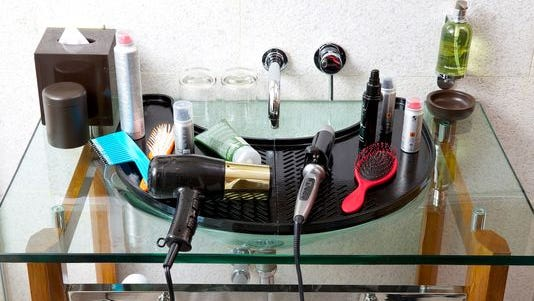 Bernard Pollard's StylePro 31 is a gadget that adds usable space over the sink.