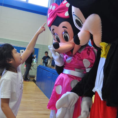 Video: Glendale girl's dreams come true with trip to Disney World