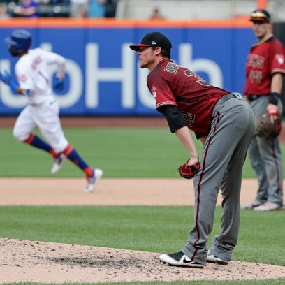 Arizona Diamondbacks starting pitcher Clay Buchholz