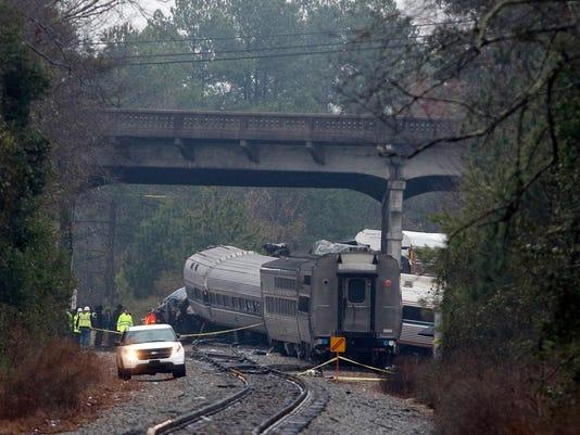*** BESTPIX *** Two Dead, Over 100 Injured After Amtrak Crash In South Carolina