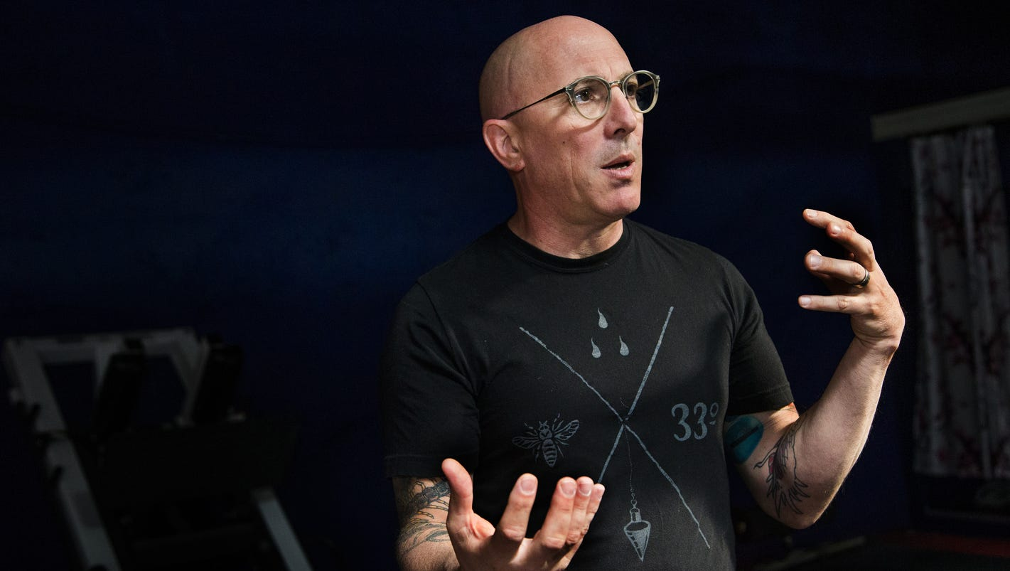 Maynard james keenan opens wine pasta cafe in cottonwood for Keenan house