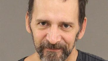 2 charged for fake cash, liquor theft in Bloomfield Twp.