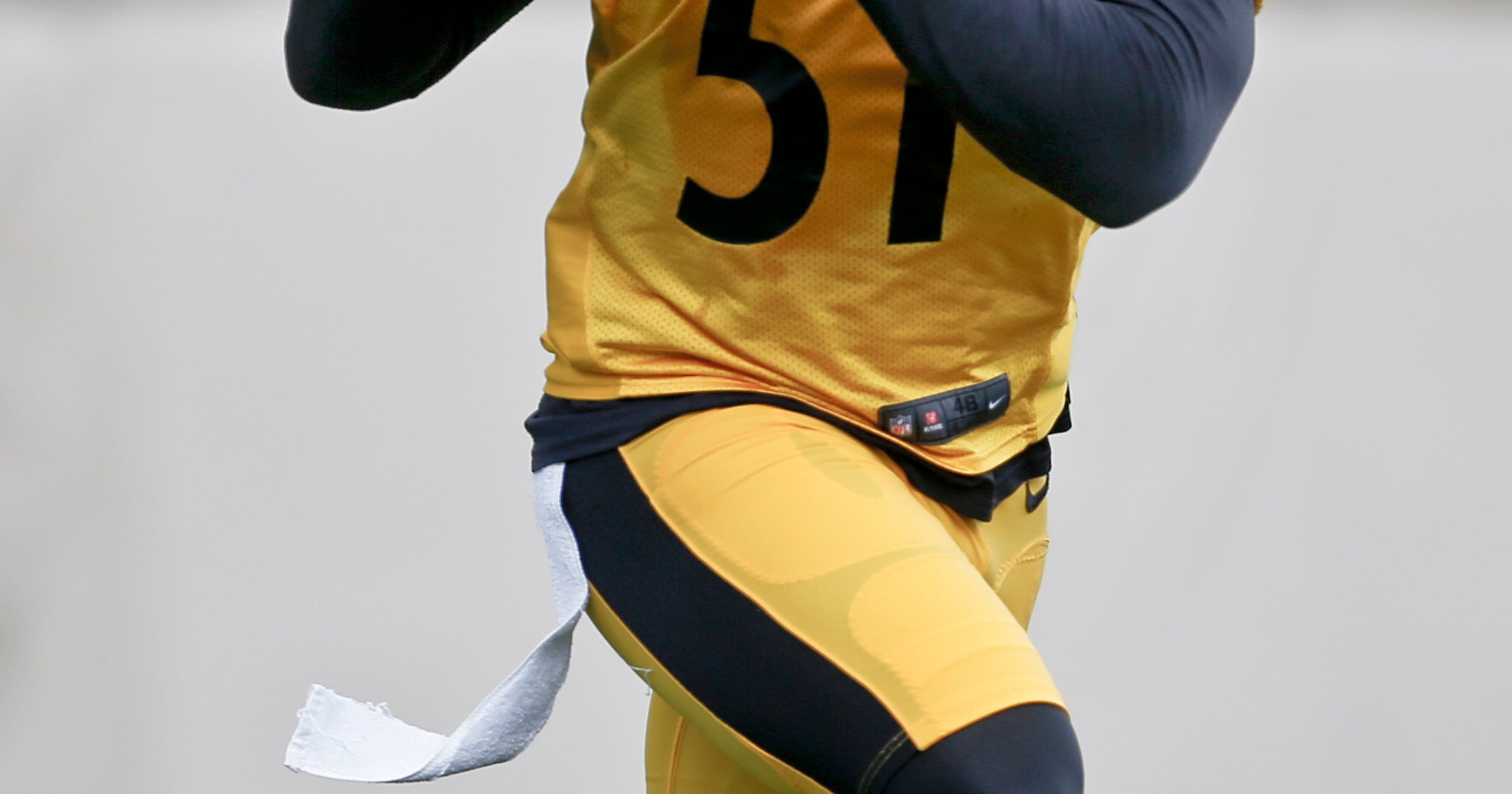 eb6828bcbc1 Matakevich, Bostic battle for starting ILB job with Steelers