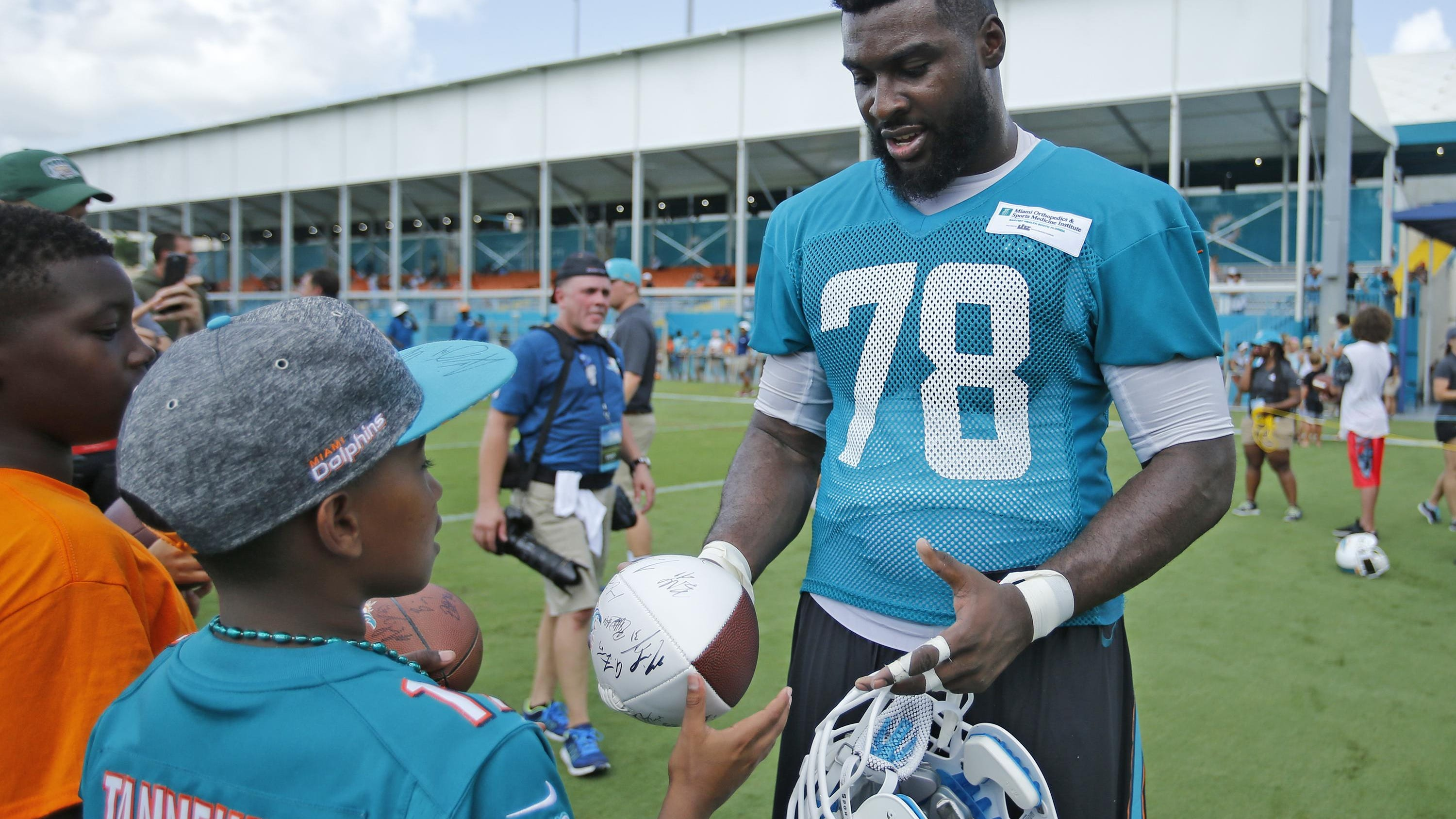 Jerseys NFL Online - Miami Dolphins News, Photos, Stats, Rankings - USA TODAY